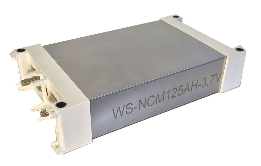professional EV Lithium ion polymerbattery. With light weight, smooth discharge and long running tim
